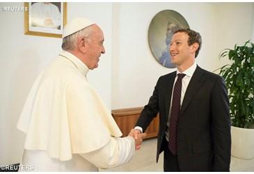 Papa Fançois arashishikarizwa  gukoresha naFacebook!