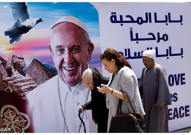 Le Pape François en Égypte:Un messager de paix et deponts