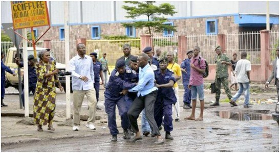 Congo-Kinshasa:Un prêtre tabassé et enlevé par lapolice