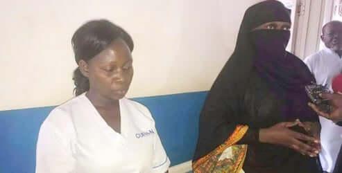 Ouganda:La ministre de la Santé se fait passer pour une patiente enburka
