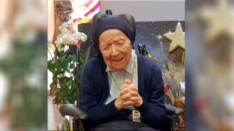 A 116 ans, elle rayonne encore dejoie!