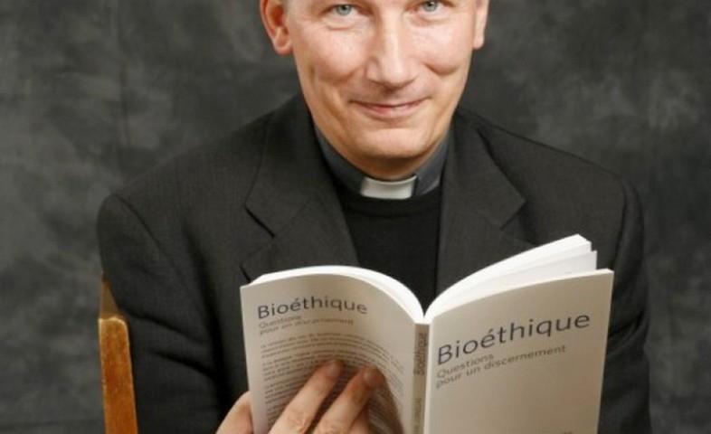 Mgr d'ORNELLAS: La loi de Bioéthique, un désarroi deplus