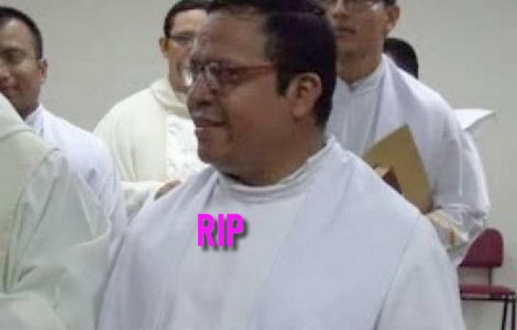 Salvador: Assassinat du prêtre RicardoCortéz