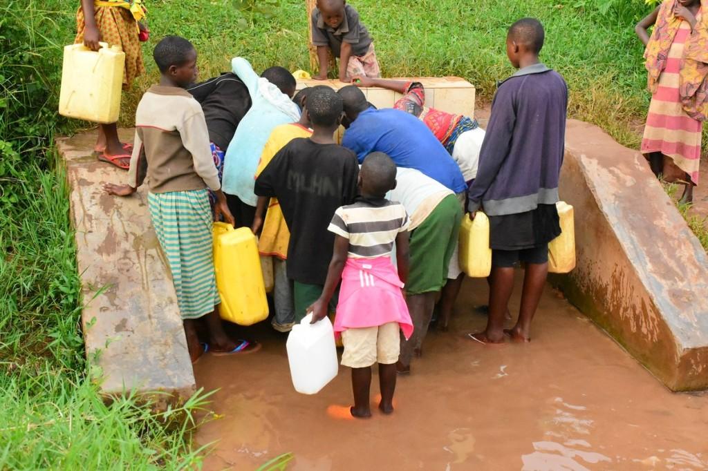 Les enfants et l'eau
