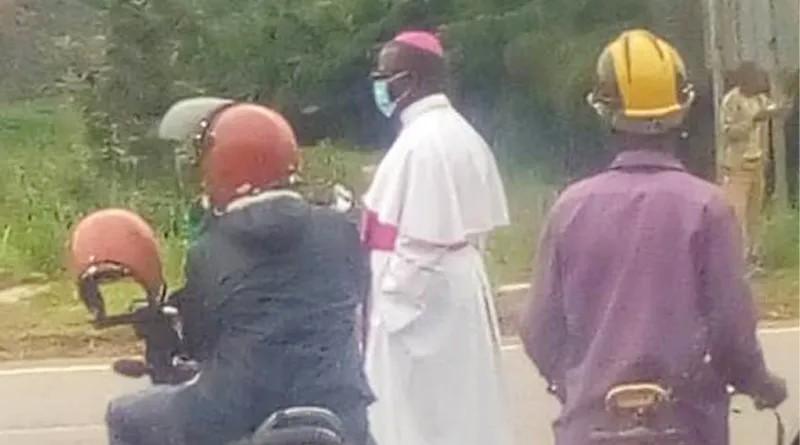 Mgr Célestin HAKIZIMANA(évêque de Gikongoro)