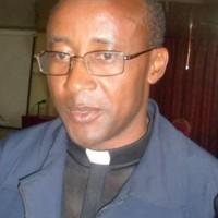 Le diocèse de CYANGUGU a son nouvel évêque: Mgr Edouard SINAYOBYE
