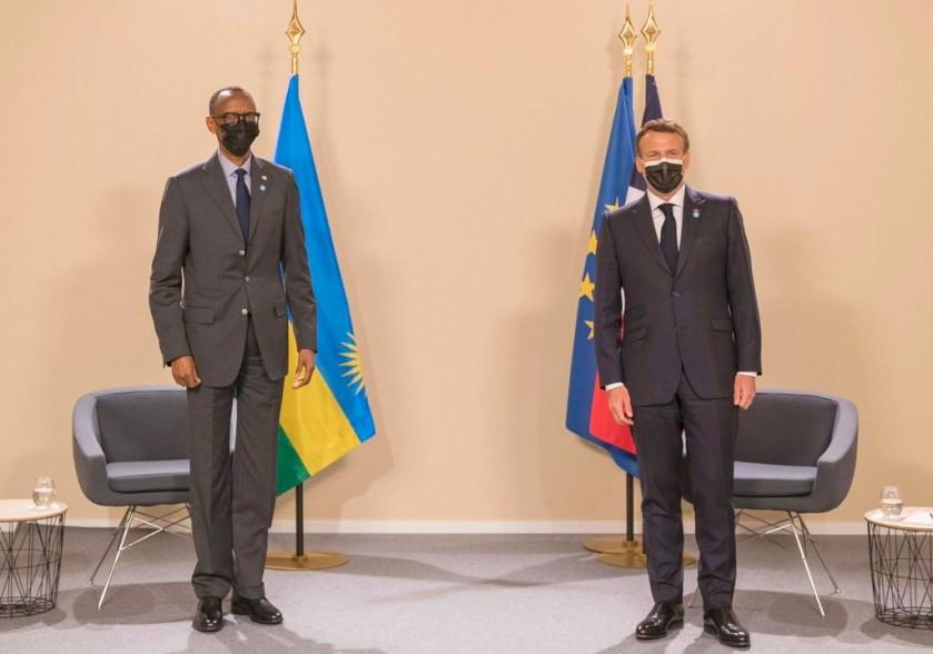 Les deux présidents français et rwandais